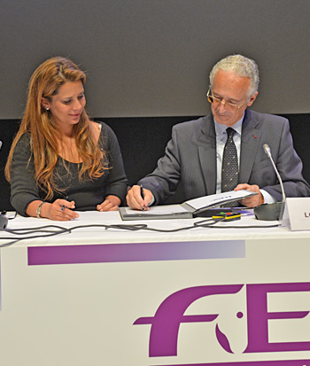 The FEI and the International Federation of Horseracing Authorities (IFHA), have joined forces to create the International Horse Sports Confederation (IHSC). The agreement was formally signed by FEI President Princess Haya and IFHA Chairman Louis Romanet during the FEI General Assembly 2013 in Montreux.