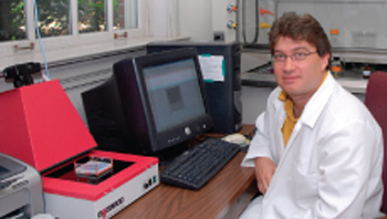 Virologist Art Framptom. Photo: University of North Carolina Wilmington