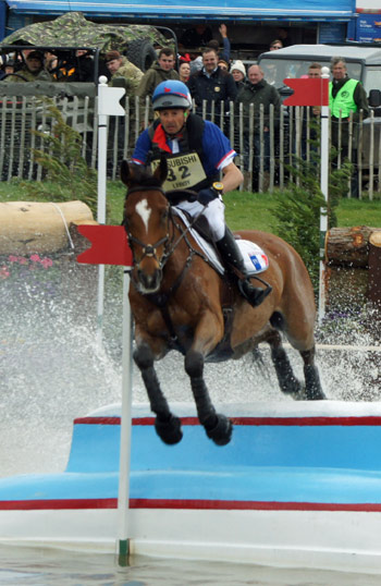 Pascal Leroy and Minos de Petra, who are in third place. © Mike Bain