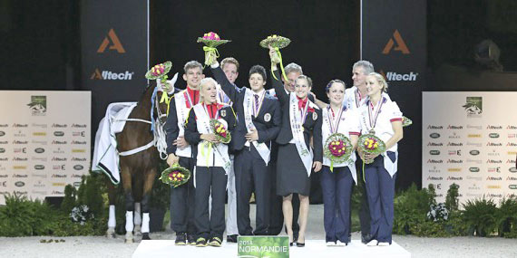 Pas De Deux medalists, Austria (gold), Germany (silver) and Great Britain (bronze).