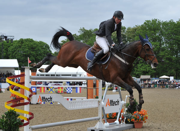 Dermott Lennon and Loughview Lou Lou, winners of the CSI3* Alltech Grand Prix for The Kingdom of Bahrain Trophy.