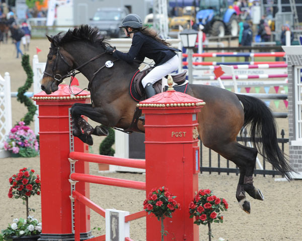 Jordan Marshall and Unique won the CSI1* Thames Speed Stakes on Thursday.