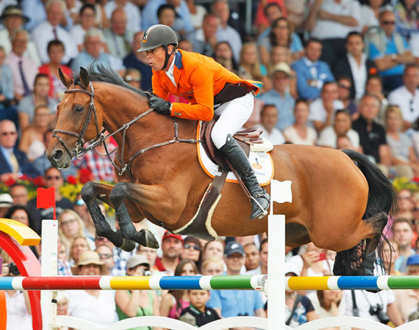European Jumping Champion Jeroen Dubbeldam and Zenith jump to victory at Aachen.