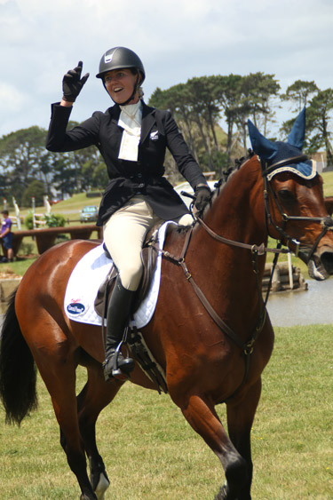 Puhinui Horse Trials CIC3* champions Virginia Thompson and Star Nouveau.