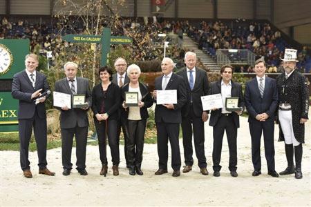 From left, WBFSH president Jan Pedersen, Willy Taets, daughter Lieve, Marc Pierson, Maartje Hanse, Joop Hanse, Siem Korver, Oliver Lück, Rolex representative Laurent Delanney and ringmaster Pedro Cebulka.