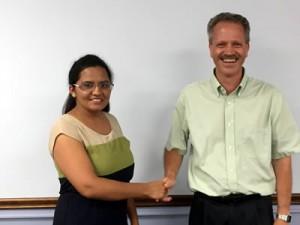 Sushila Chaudhari receiving 2015 Horticulture Service Award