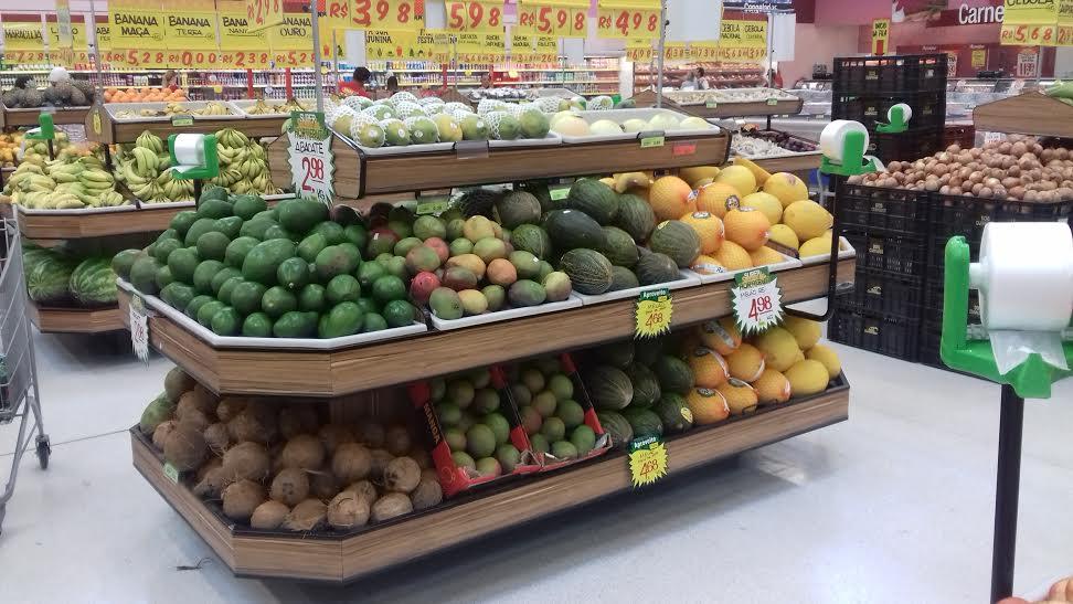 Banca de frutas e melões