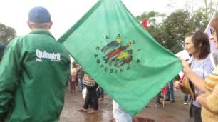 La Via Campesina na manifestação.