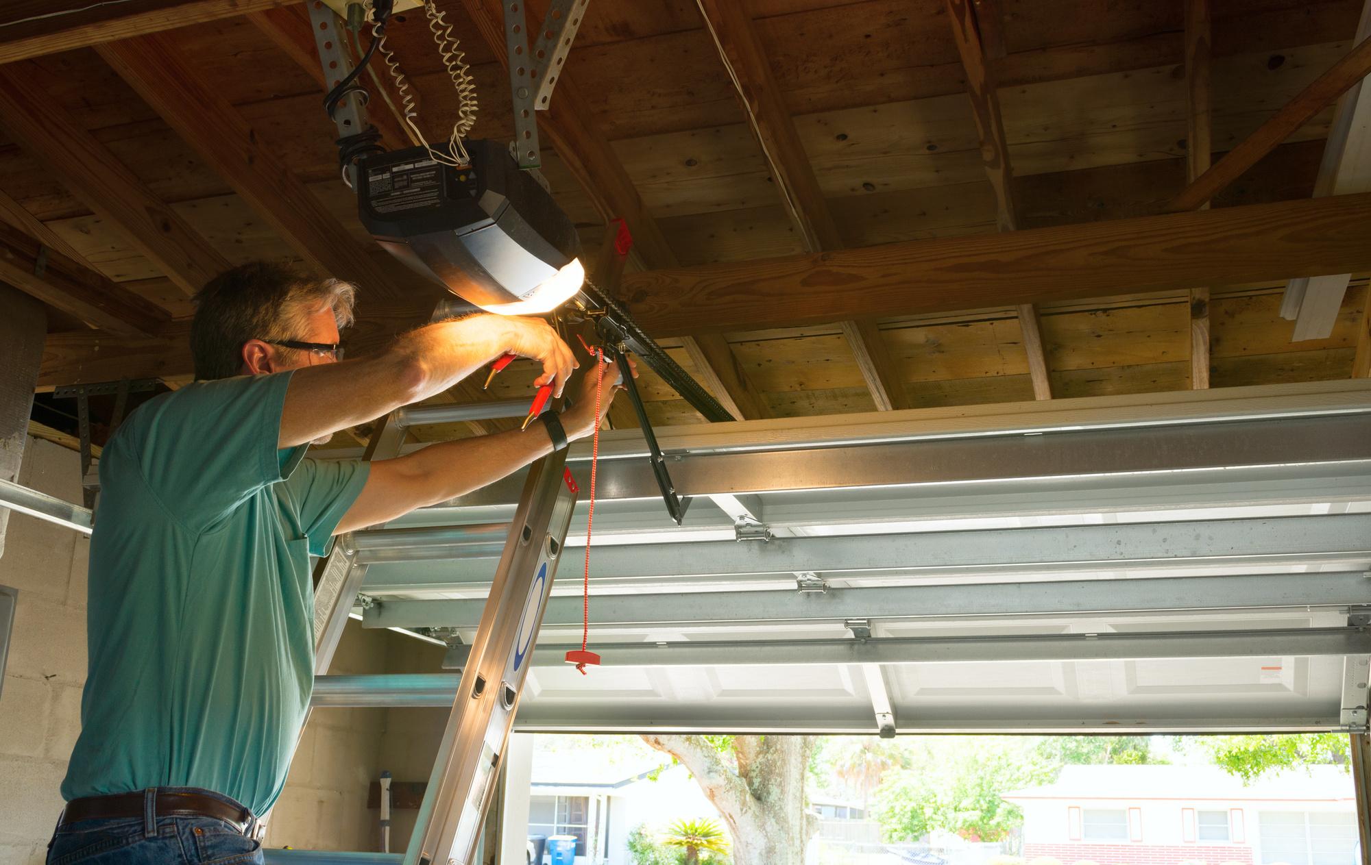 5 Ways to Fix a Squeaky Garage Door  Hosbegcom