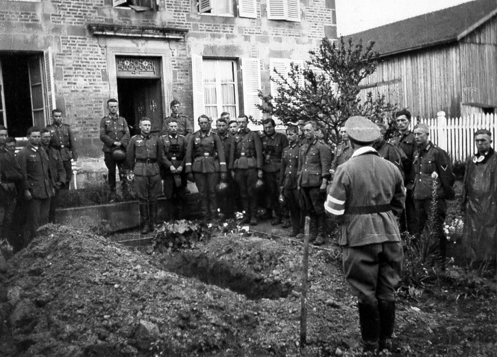 burial in France 1940