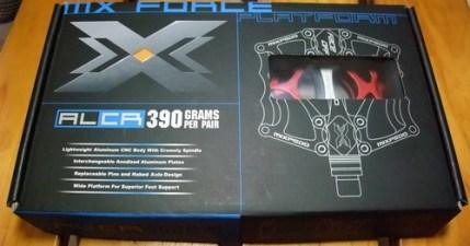 Xpedo MX-13。高質感的紅色踏板終於到貨了