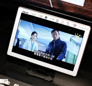 ASUS ZenPad 10(Z301ML)新一代我的追劇神器,就缺一台平板來看戲