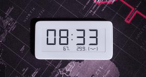 自從家裡有米家藍牙溫濕度計之後,就很習慣知道家裡不同地方的溫溼度,這次小米推出了新版的小米米家溫濕監測電子錶,同樣是提供了溫度與濕度的顯示,...