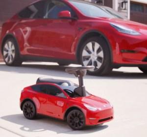 官方授權 Tesla Model Y 兒童車上市啦 ! 從小就能擁有屬於自己的特斯拉 !