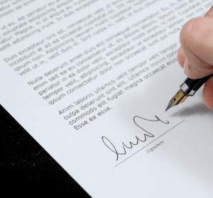 DocHub 線上簽署 PDF 合約,免付費、免跑郵局寄送!