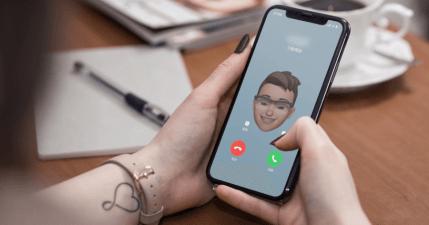 iPhone 來電大頭貼可設定為 Memoji 卡通人像風格,一眼就可以看出是誰來電
