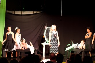 1-8-2012_Cayman_Theater_Wicked_Performance_1_IMG_30811