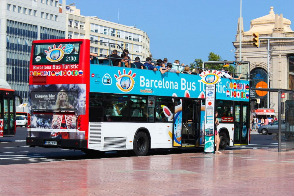 HOP ON HOP OFF BUS BARCELONA tickets here to buy!