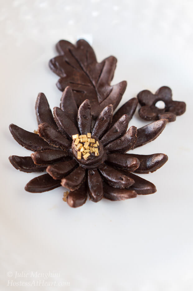 Modeling Chocolate is fun and easy to make. If you liked playing with play doh, you'll love modeling Chocolate | hostessatheart.com