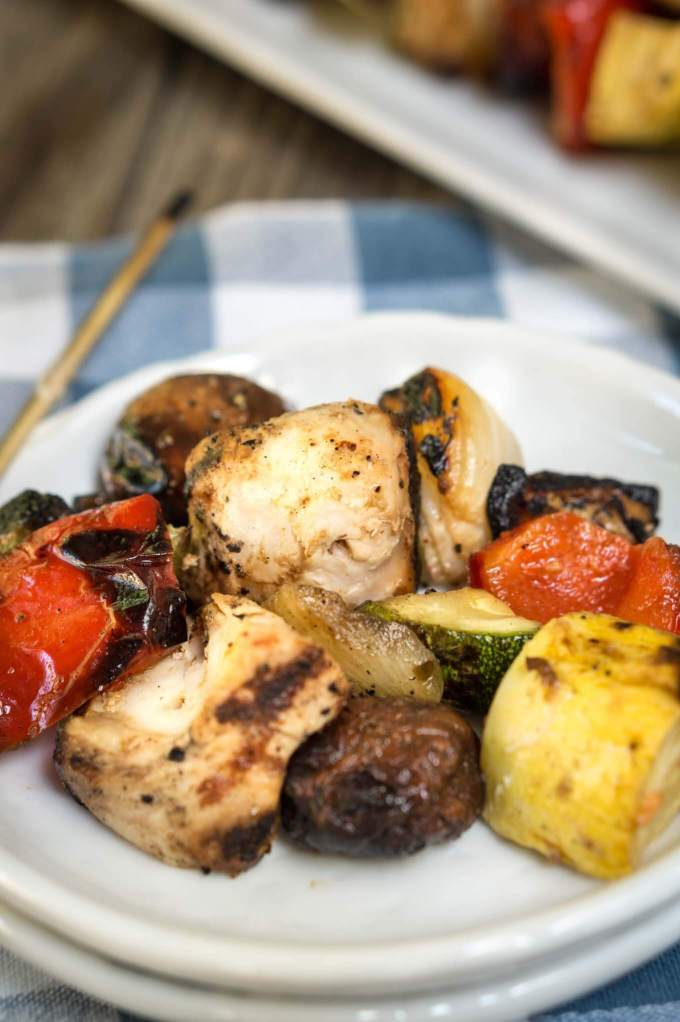 Scott's Succulent Shish Kabobs is a quick and easy recipe that is the perfect way to enjoy summer produce. | HostessAtHeart.com