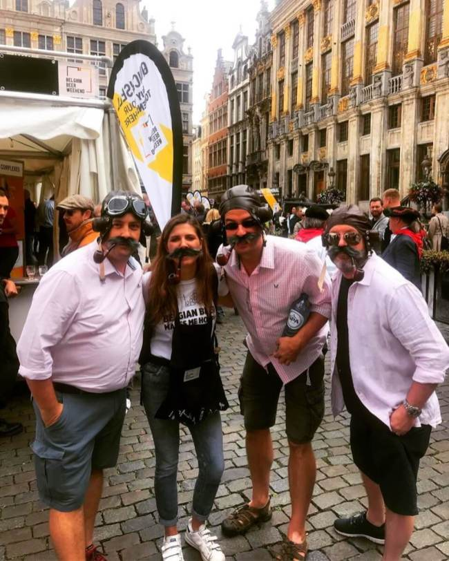 Brussel Mobiele drankbonnenverkoop promogirl