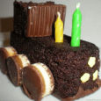 This was really fun, super easy and the birthday boy LOVED it! He instantly knew it was a train! I used Hostess Zingers, Keebler Fudge Shoppe Caramel cookies, some flower […]
