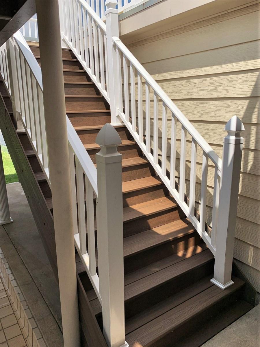 Trex Transcend Decking – Hostetler Builders Llc | Trex Transcend Stair Railing | Fascia | Lantern | Curved | Backyard | Premade Prefab Deck