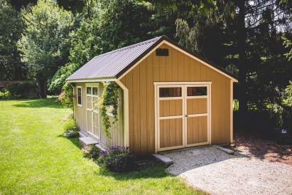 12 X 20 Carriage House with Metal Roof