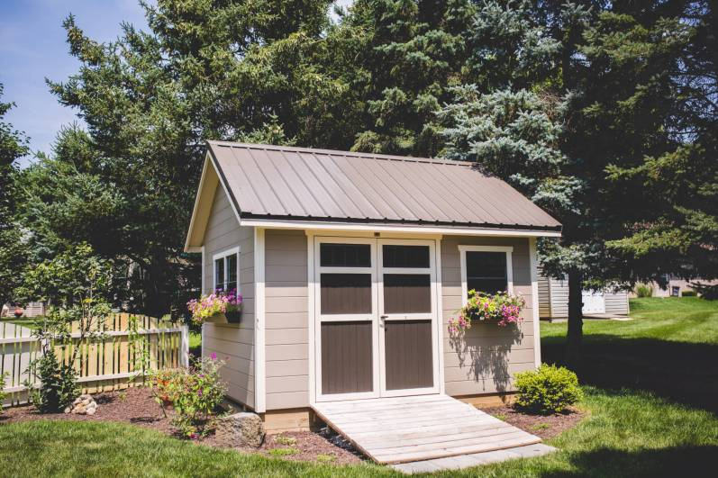 painted 10 x 12 garden shed