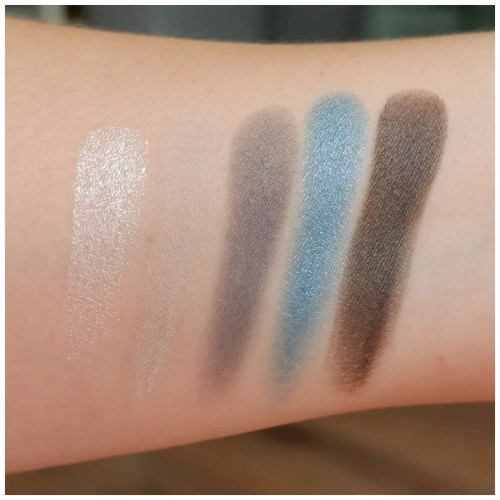 catrice 5 in a boxy blue smokey look swatch review makeup look application fair skin