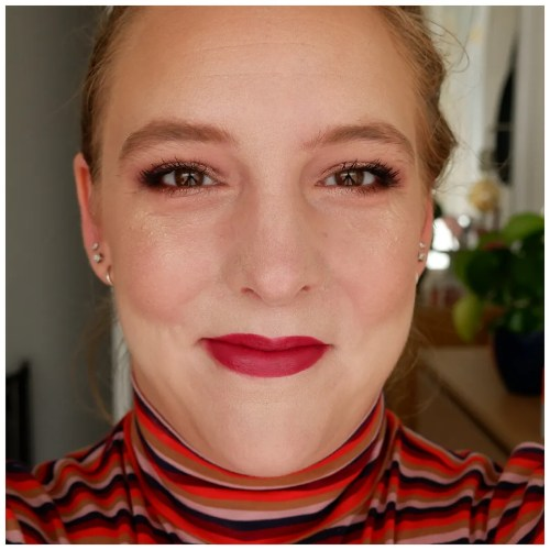catrice true skin foundation review swatch 002 neutral ivory fair skin makeup look application