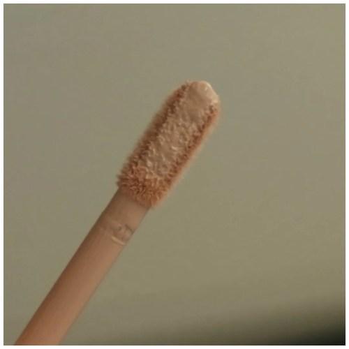 colourpop pretty fresh concealer review swatch makeup application fair skin dry skin