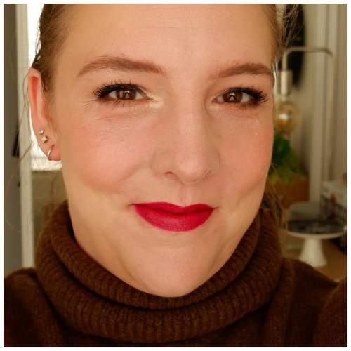 dior backstage rosy glow blush review swatch application makeup look fair skin