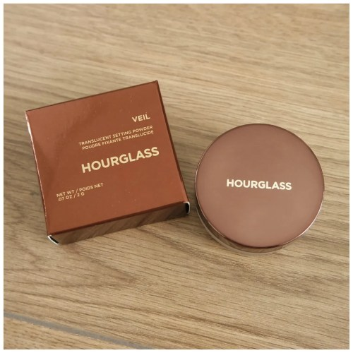 hourglass veil mineral translucent setting powder review swatch makeup look fair skin