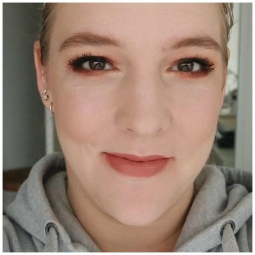 nars sheer glow foundation review swatch 2 mont blanc fair skin dry skin sensitive skin makeup look application