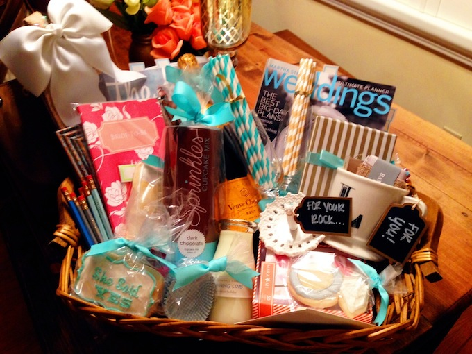 howto engagement gift basket hosting toastinghosting