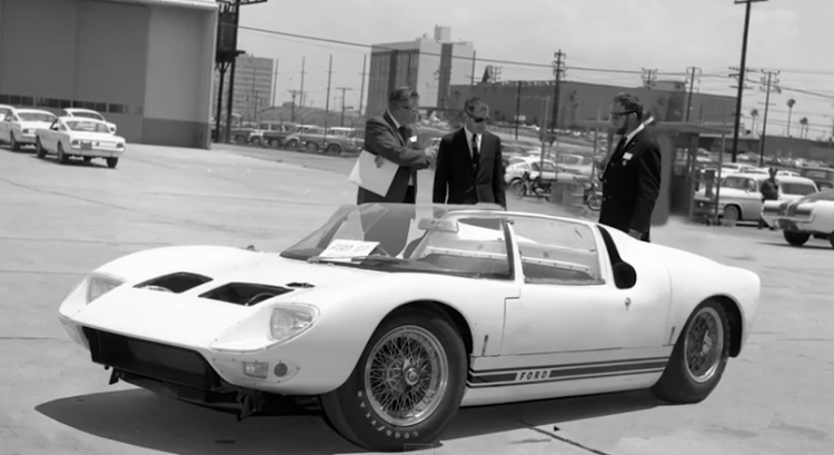 1965 FORD GT40 108 Prototype roadster race car