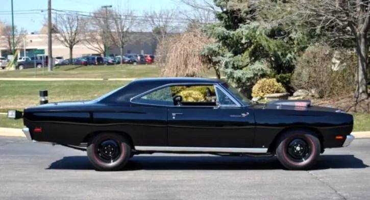 Mean Black Velvet 1969 Plymouth Road Runner 440 | HOT CARS