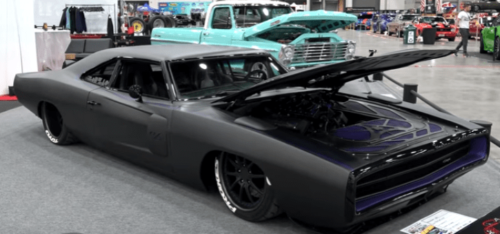 custom built 1970 dodge charger solo