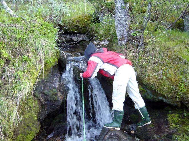 Friskt vatten finns överallt i Hotagsbygden. Foto Hotagenkortet