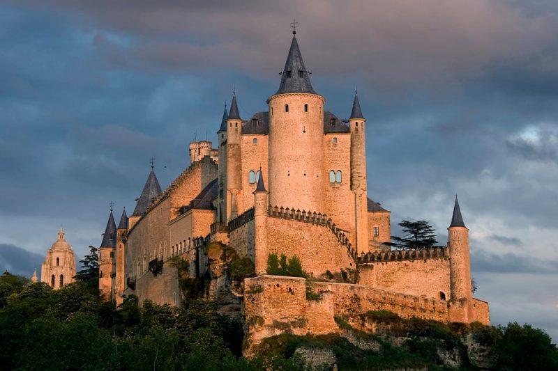 Impresionantes castillos alrededor del mundo - hotbook-1110