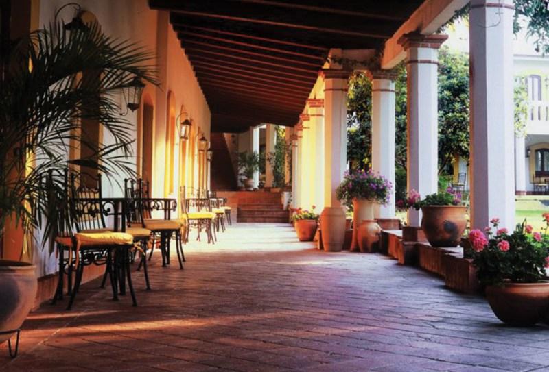 http://js1media.escdn.de/public/cache/hotel/plain-nowater/0,866,2135,1778/980x420/933_hotel_hacienda_los_laureles_0135945.jpg