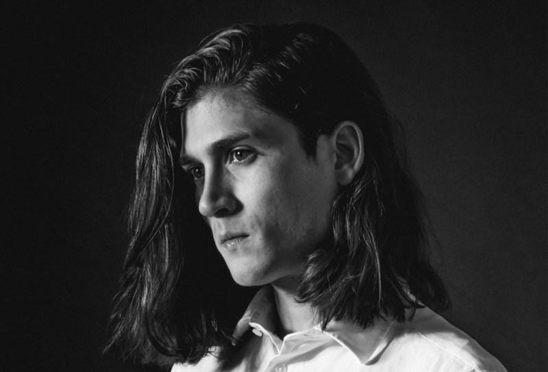 José Espínola: cuando la fotografía va más allá del retrato - sonty1-1024x696