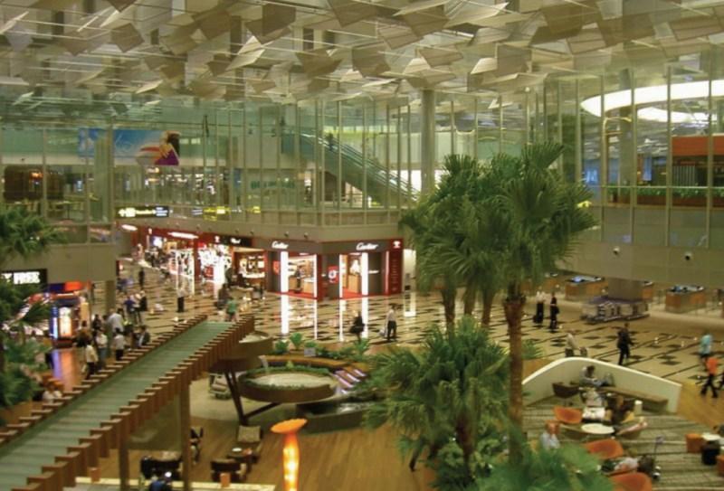 Los 10 Mejores Aeropuertos del Mundo - aeropuesrtos_04-1024x696