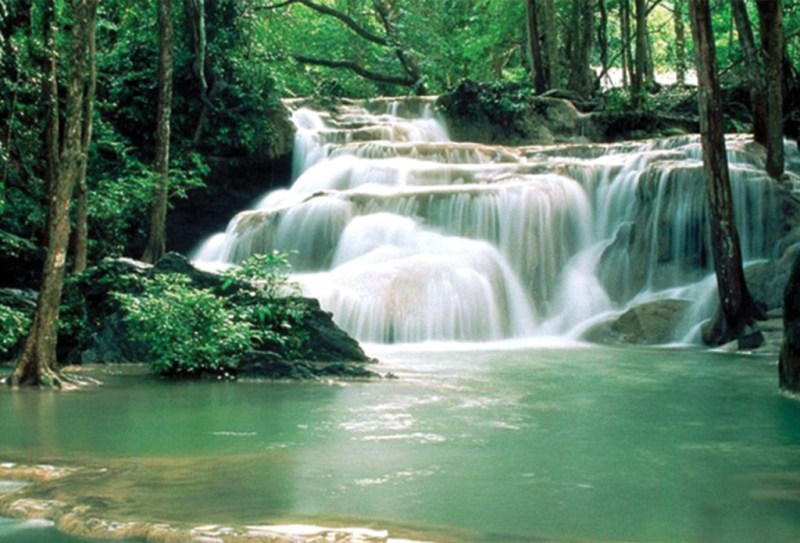 http://villakoram.com/cms/source/gallery/activities/pala-u-waterfalls.jpg