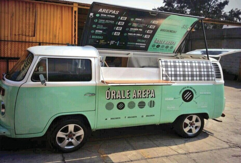 http://chilangashambrientas.com/2014/07/07/apoyamos-los-food-trucks-en-mexico/