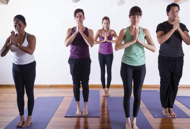 Los 7 mejores lugares para hacer yoga en CDMX - mejoresyoga_hotbook_02-1024x696