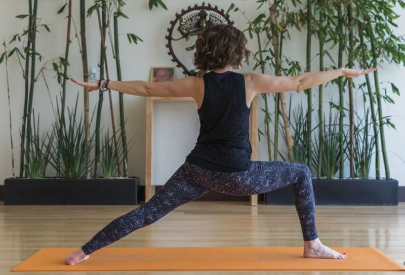 Los 7 mejores lugares para hacer yoga en CDMX - mejoresyoga_hotbook_06-1024x696