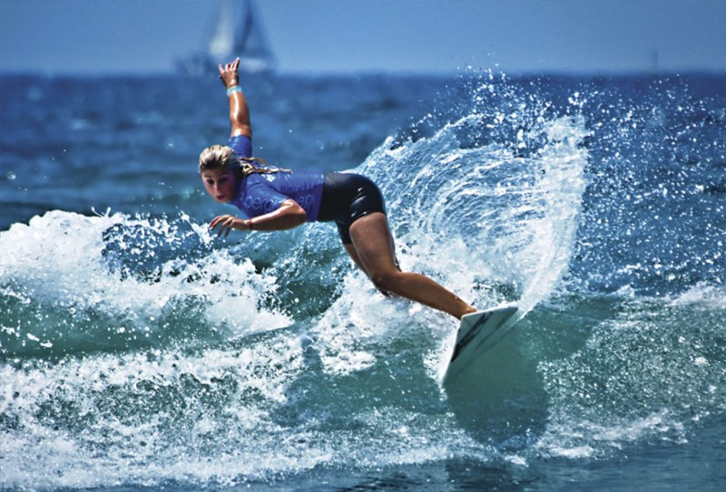 Top 5 Surfers del momento - surfers_hotbook_05-1024x696