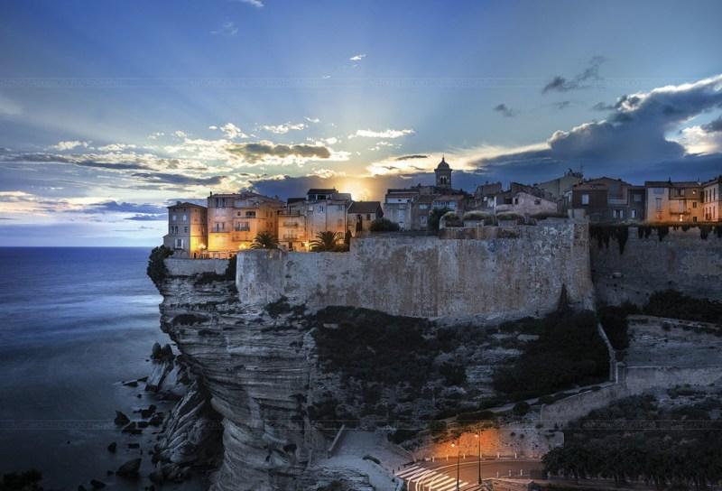 15 Ciudades amuralladas - murallas_hotbook_01-1024x696